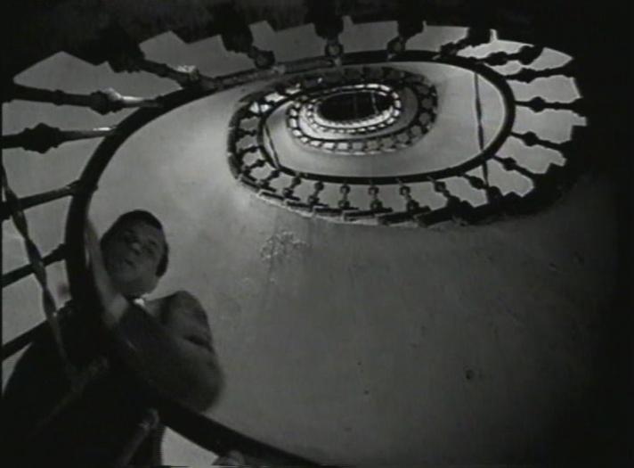 2.subiendoescalera